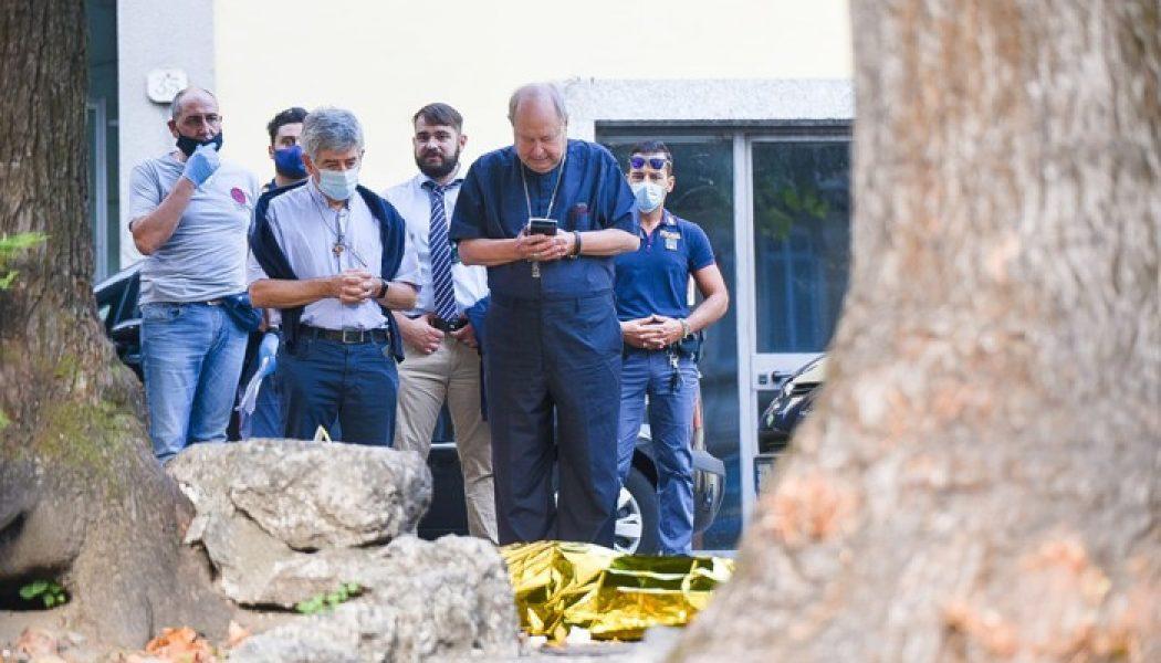 Côme (Italie) : un prêtre poignardé à mort par un immigré auquel il venait en aide