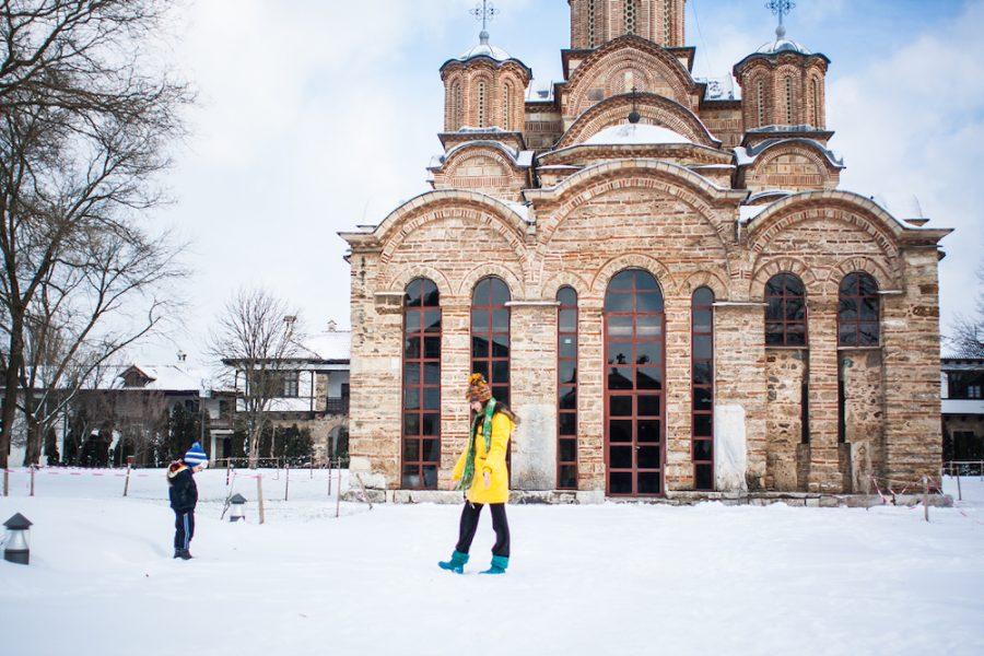 Solidarité Kosovo protège le monastère de Gracanica