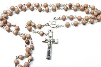 Grand Triduum de prières, samedi, dimanche et lundi, visant au succès du référé et au droit d'assister à la messe