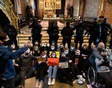 L'extrême gauche dans la rue après l'interdiction de l'avortement eugénique en Pologne