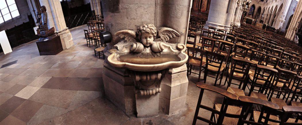 L'eau bénite, ce canal de la grâce divine