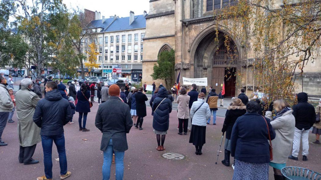 Manifestations à Châlons-en-Champagne, Sens, Caen, Melun, Lille