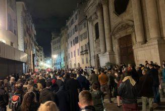 Plus de 300 personnes rassemblées pour la messe à Toulon