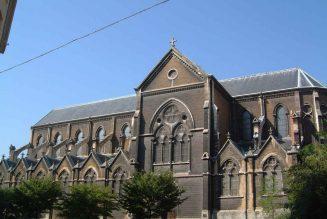 Défense de l'église Saint-Bernard à Lyon