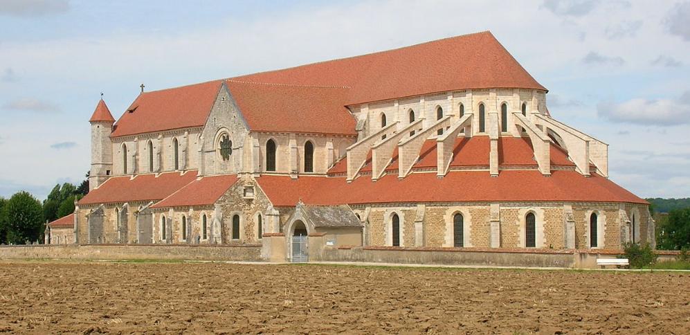 Le domaine de Pontigny ne sera pas vendu à la Fraternité Sacerdotale Saint-Pierre