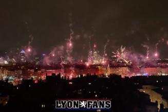 Fête clandestine des lumières à Lyon en l'honneur de la Vierge Marie