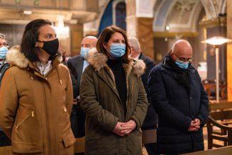 Un jour à l'église, un autre à promouvoir l'euthanasie