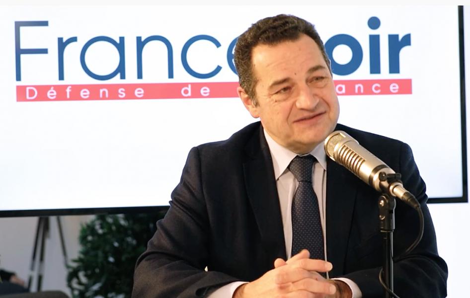 Désobéissance civile : le microcosme politico-médiatique ne sait répondre que par des insultes contre Jean-Frédéric Poisson