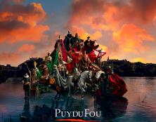 """Ouverture du Puy du Fou : 3 200 visiteurs conquis qui """"en ont pris plein les yeux"""""""