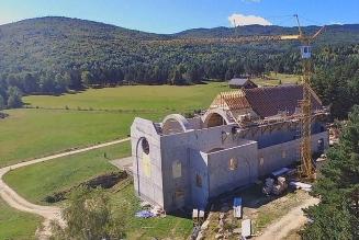 Soutenez la construction d'une abbaye dans les Pyrénées ariégeoises