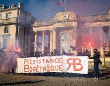 Résistance bioéthique devant l'Assemblée nationale
