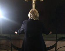 LR pense que le vote des catholiques compte encore. Qu'en pensent Marine Le Pen et le RN ?