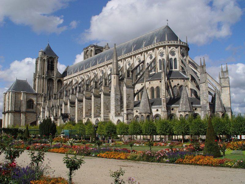 Bourges : la cathédrale reproduite en Lego