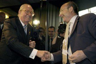 Jean-Marie Le Pen et Jacques Bompard parlent d'unité