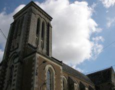 Non à la destruction de l'église de la Ferrière-de-Flée