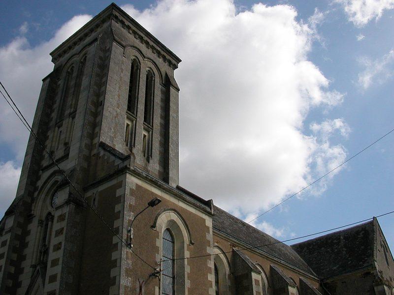 Segré-en-Anjou-bleu : La municipalité veut détruire l'église de la Ferrière-de-Flée