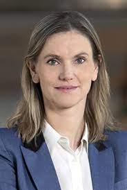 Le général (2S) André Coustou porte plainte contre la ministresse Agnès Pannier-Runacher