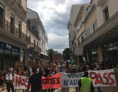 Nouvelles manifestations pour la liberté contre le passe sanitaire