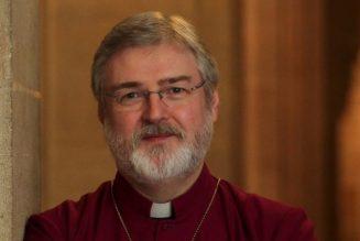 """Un """"évêque"""" anglican rejoint l'Eglise catholique"""