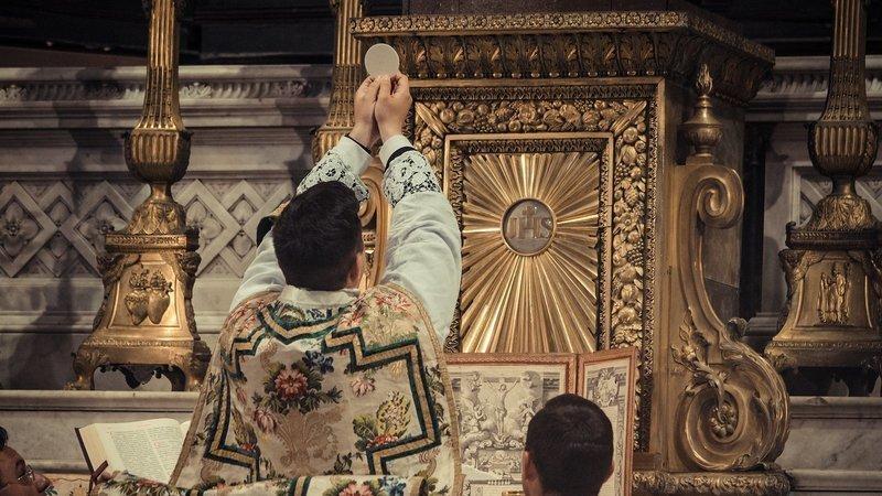 Diocèse de Grenoble : des fidèles s'adressent à leur évêque