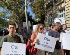 10e manifestation devant la nonciature
