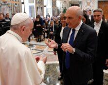 Avortement : le pape appelle les pharmaciens à l'objection de conscience