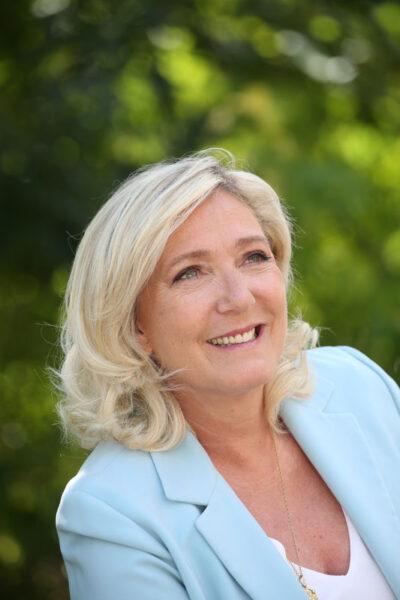 Comme la Pologne, Marine Le Pen entend constitutionnaliser le principe de souveraineté nationale